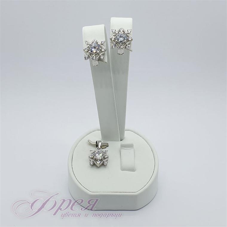 Сребърен комплект висулка и обеци с циркони - квадрат 1.2х1.2см