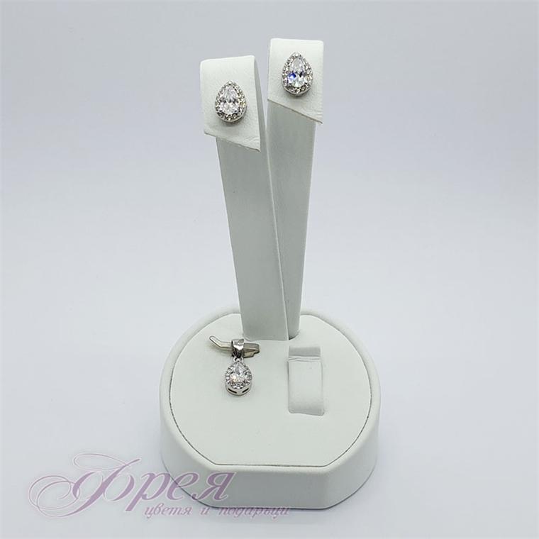 Сребърен комплект висулка и обеци - капковидна форма