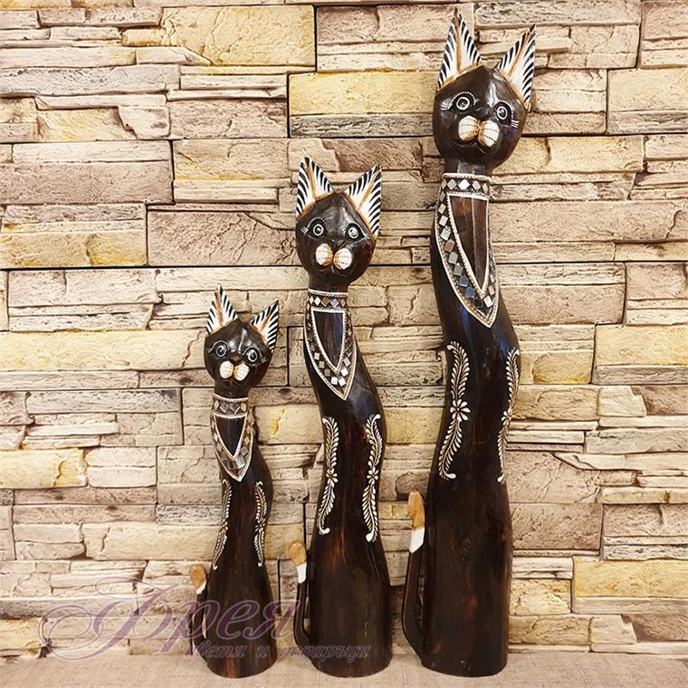 Котка тъмно-кафява с извито тяло и гердан - 60/80/100см