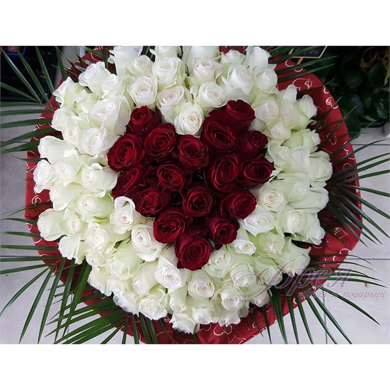 Букет от 87 рози - Червено сърце