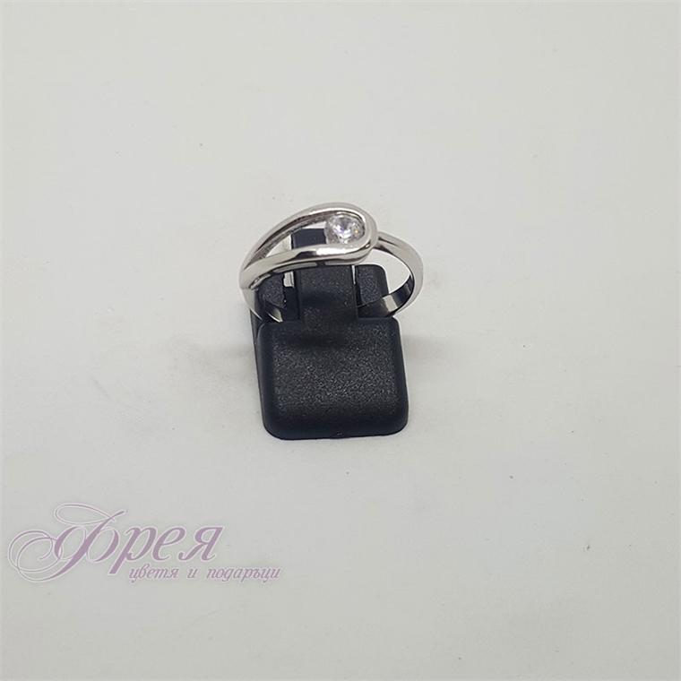 Сребърен пръстен - капка с циркон