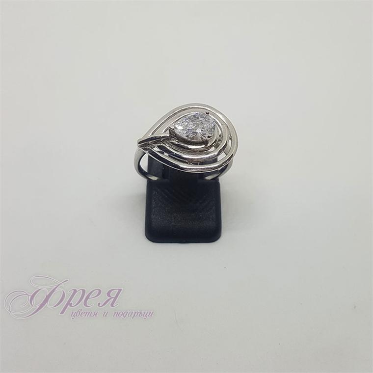 Сребърен пръстен с циркони - капковидна форма2.0х1.6см