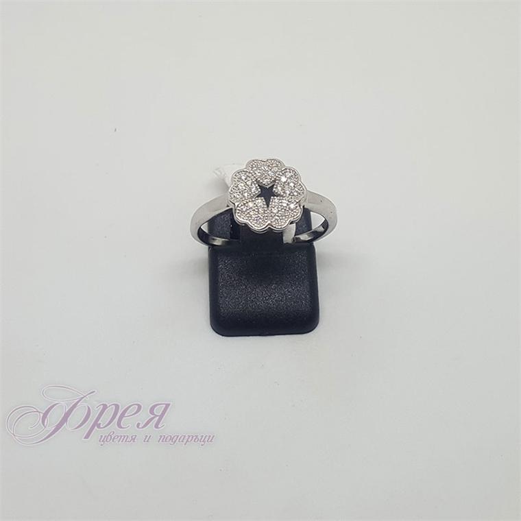 Сребърен пръстен с циркони - цвете от сърца и звездичка