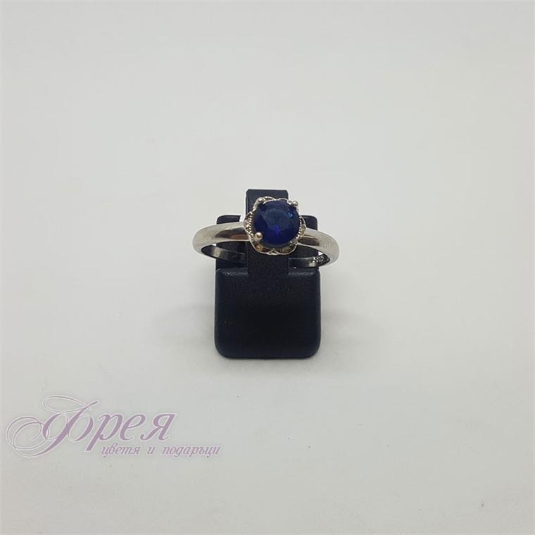 Сребърен пръстен - цвете с голям син циркон