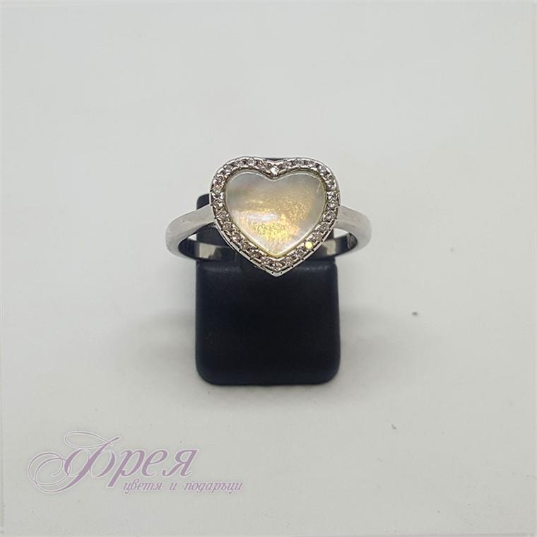 Сребърен пръстен с циркони и седеф - сърце