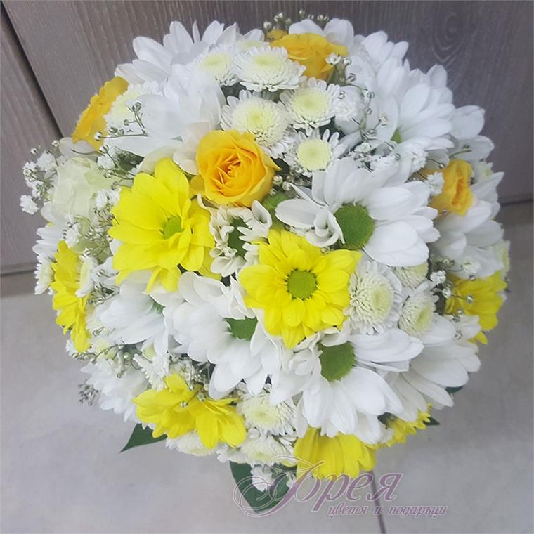 Булчински букет -  Хризантеми и мини рози