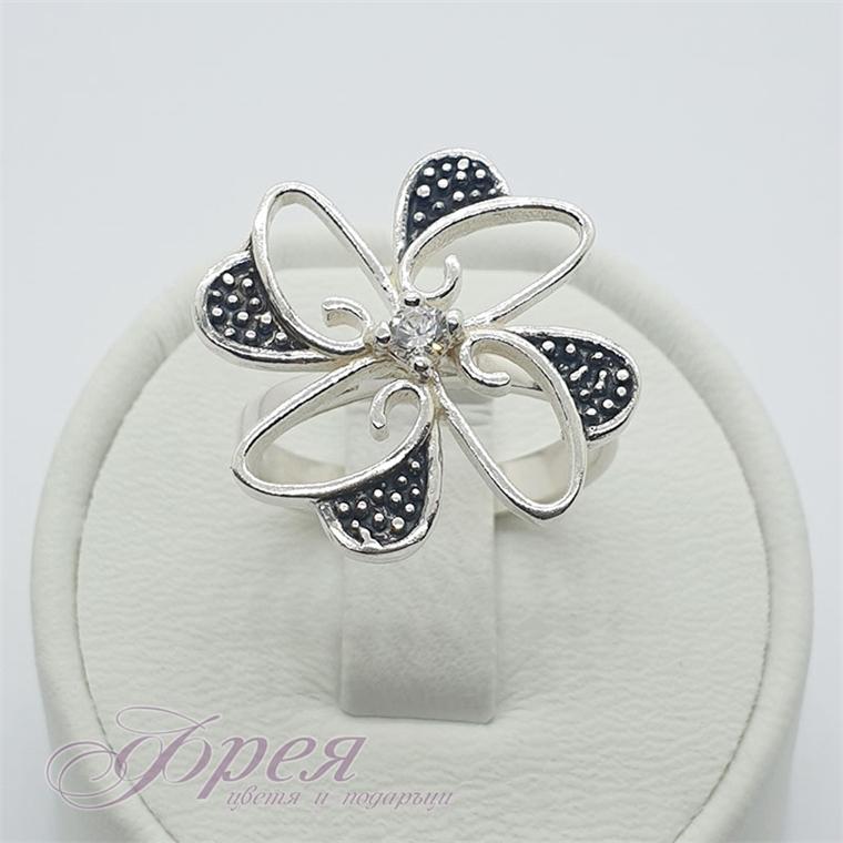 Сребърен пръстен с циркони - цвете с черни листенца