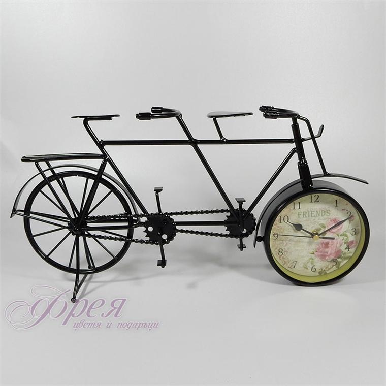 Винтидж часовник колело тандем