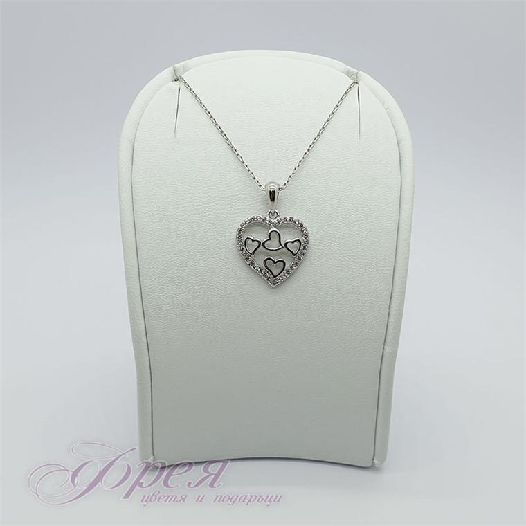 Сребърно колие с циркони - сърце със сърца