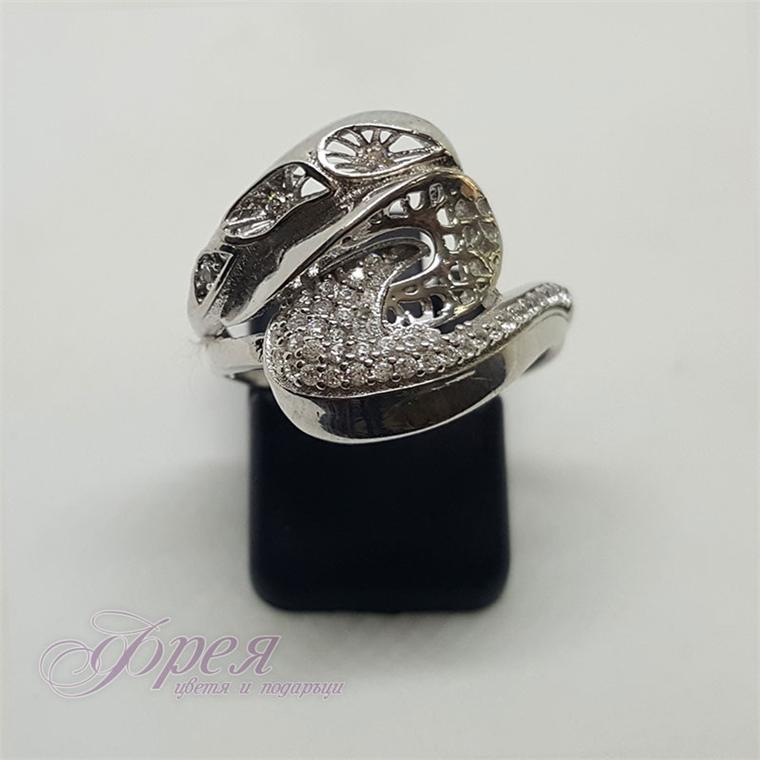 Сребърен пръстен с циркони - екстравагантна форма с цветя