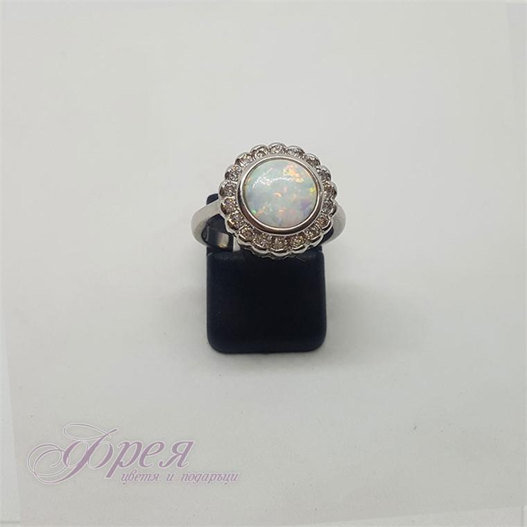 Сребърен пръстен с опал и циркони - кръг Ø14мм