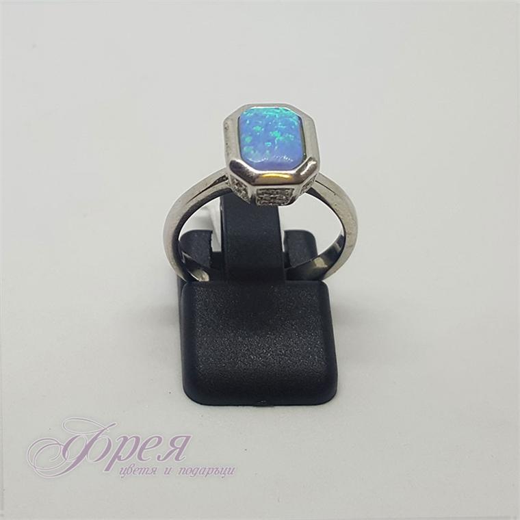 Сребърен пръстен със син опал - осмоъгълна форма
