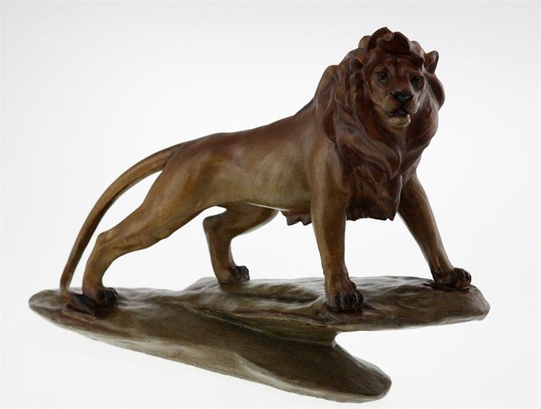 Статуетка - Гордият лъв 38 см