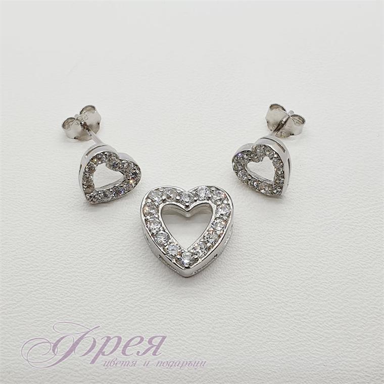 Комплект обеци и висулка - сърце от ивица циркони