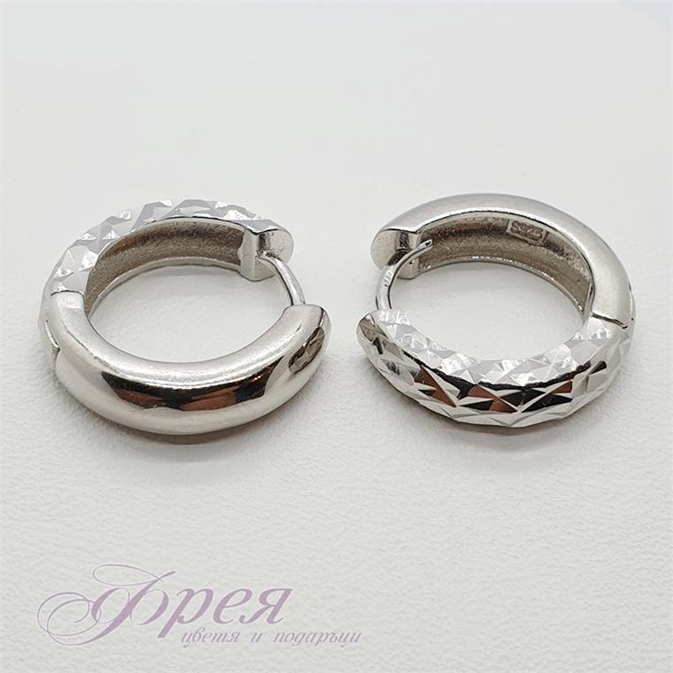 Сребърни обеци - заоблена релефна халка Ø17х4мм