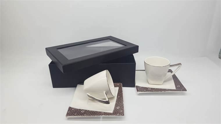 Комплект чаши за кафе Сребрист кант - Геометрия