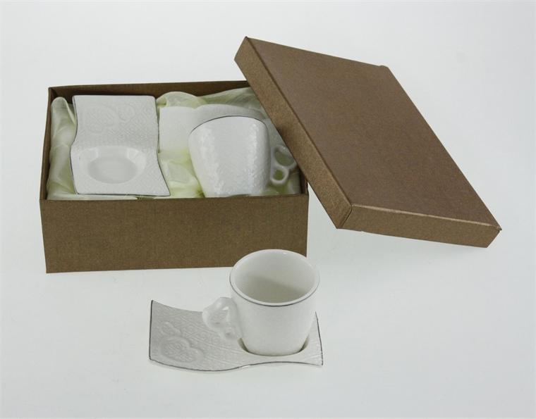 Две чаши с чинийки - Морски вълни