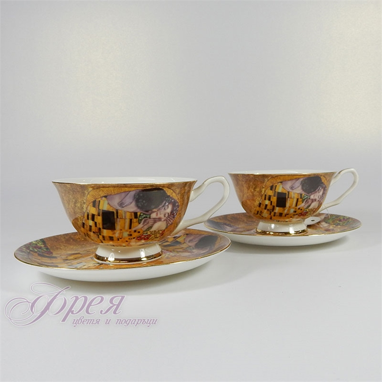 Комплект от 2 чаши - Целувката
