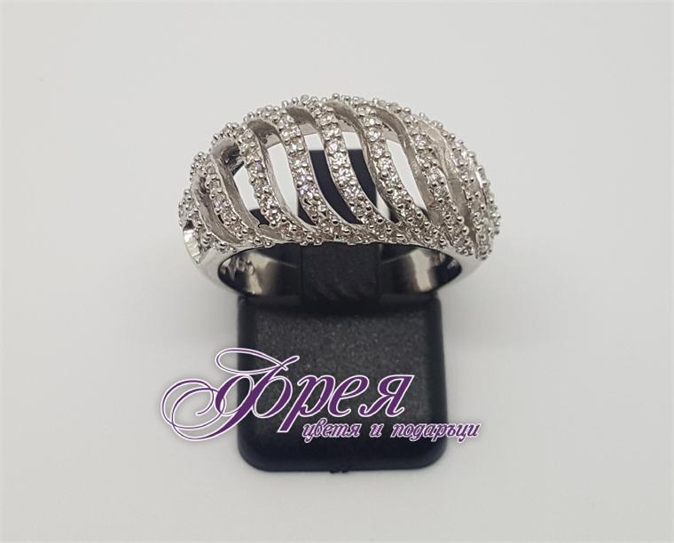 Сребърен пръстен с циркони - широк с ''S''-образни ивици