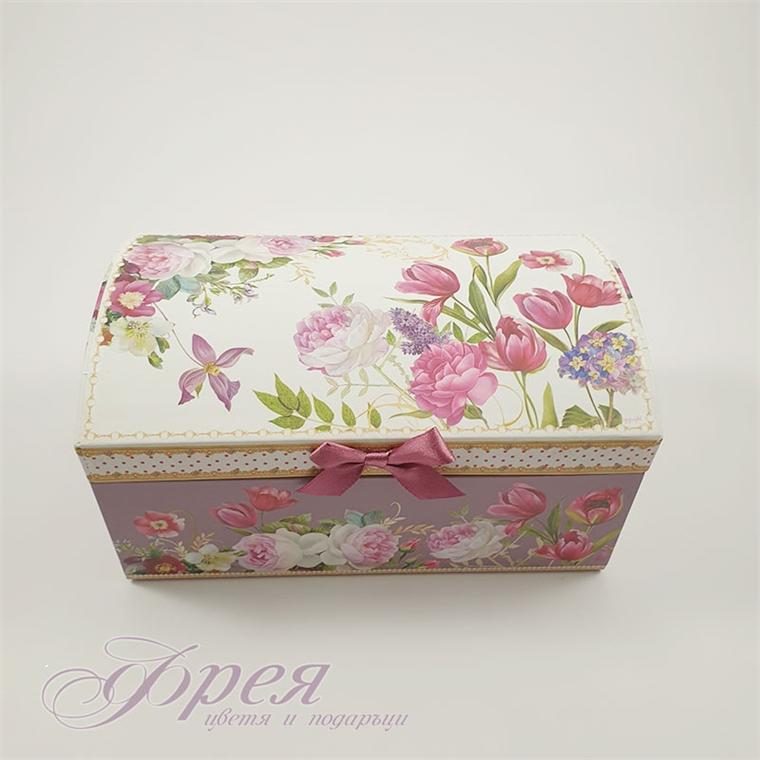 Кутия за бижута с принт на лалета
