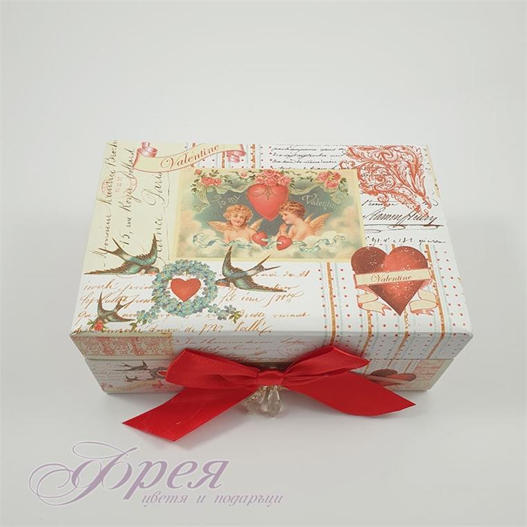 Кутия за бижута с ангели и сърца