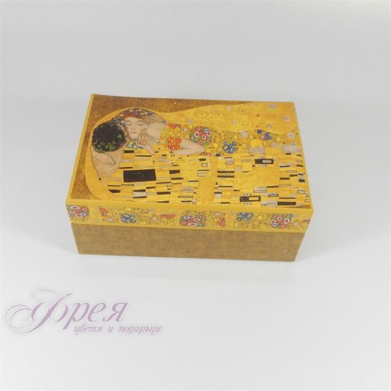 Кутия за бижута - Целувката