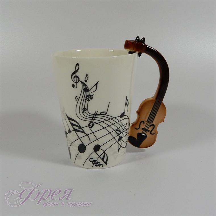 Порцеланова чаша ноти с дръжка виола