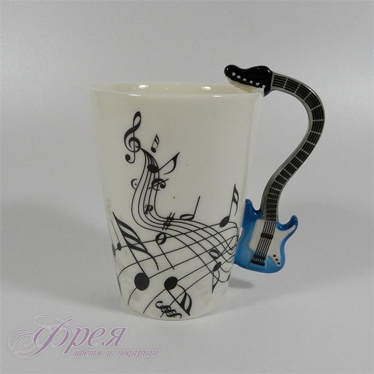 Порцеланова чаша ноти с дръжка синя китара