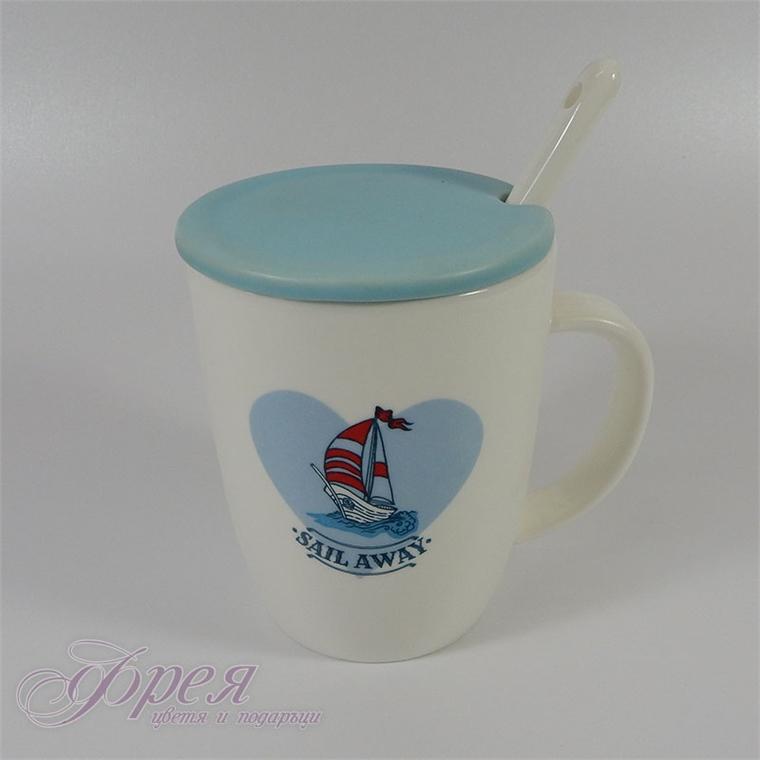 Порцеланова чаша с лодка