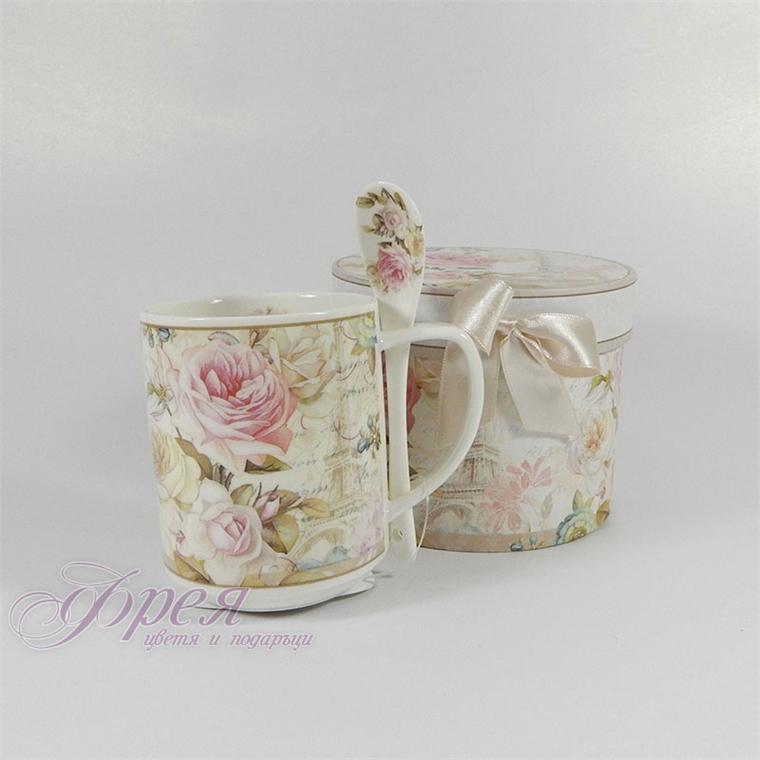 Порцеланова чаша с лъжичка - Роза и Айфеловата кула