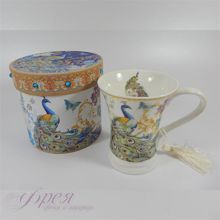 Порцеланова чаша за чай - Паун